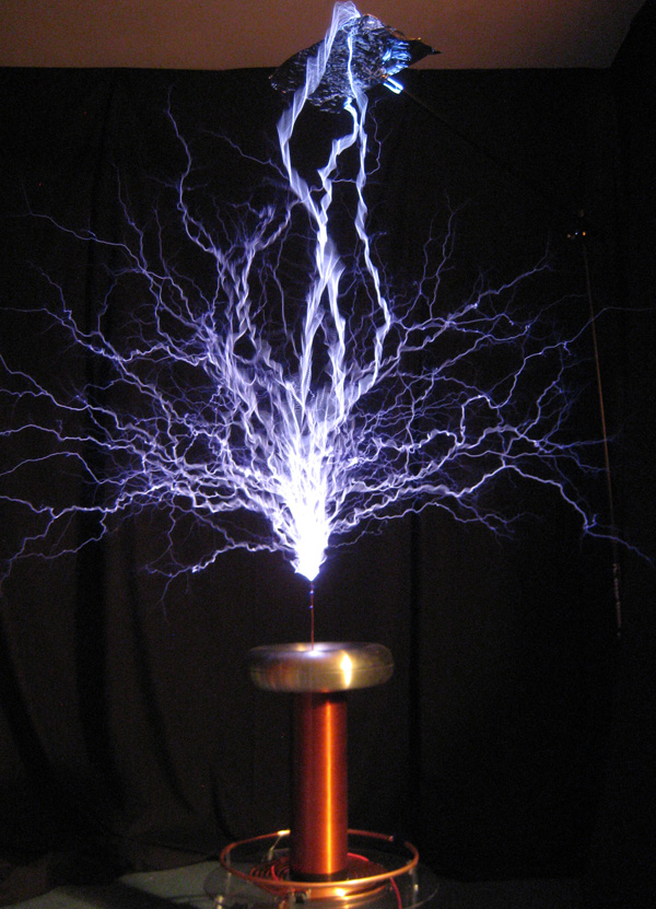 Zeusaphone Z-45 Tesla coil, Now Z-50 with up to 52 inch arcs!
