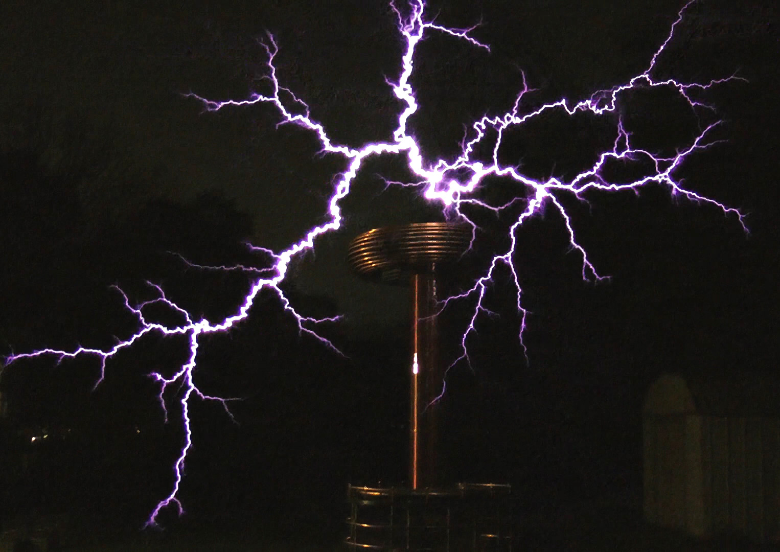 Zeusaphone ZFX-160 1.5 Million Volt Tesla coil